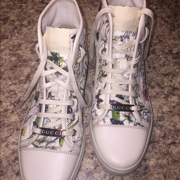 Gucci Womens Floral Hightop Sneakers
